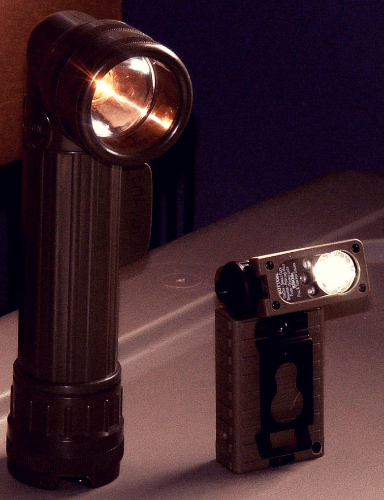 Flashlights_90_degree